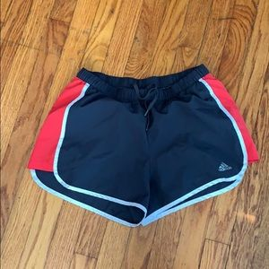💚Medium adidas black, red, and white shorts